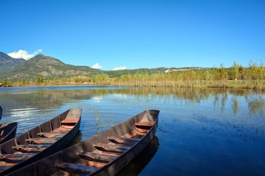 Fototapeta odzie na tafli jeziora fp 1646