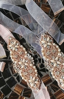 Jasnoróżowy półprzezroczysty pasek ozdobny z perełkami i kryształkami - rose gold p848 - organza
