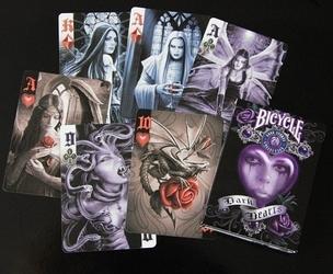 Klasyczne karty do gry anne stokes dark hearts