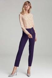 Fioletowe eleganckie spodnie w kant z widocznym zamkiem