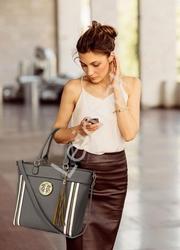 Szara duża torebka damska z ekoskórki z ażurowym wzorem 0404