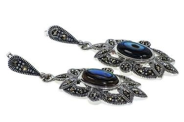 Srebrne kolczyki z masy perłowej i markazytów