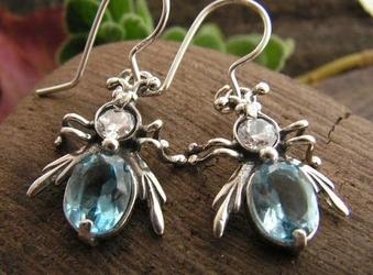 Owadowo - srebrne kolczyki z akwamarynem