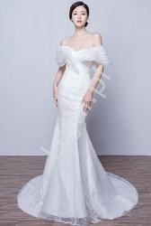 Zjawiskowa suknia ślubna koronkowa camile z falbanami 010