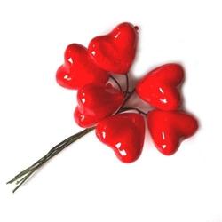 Czerwone serca na druciku 6 szt.