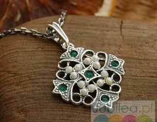 Bizz - srebrny wisiorek perły i szmaragdy