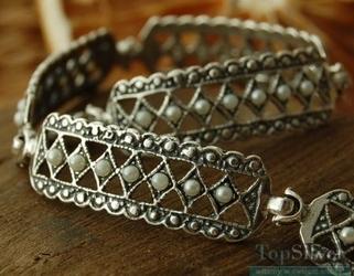 Pina - srebrna bransoletka z perłami