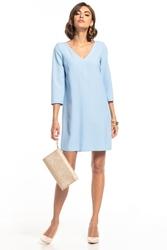 Sukienka z kontrafałdą na plecach i dekoltem w serek t322 jasnoniebieski