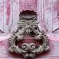 Obraz knoker drzwi na starym różowym wodden drzwi