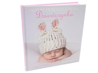 Dziewczynka. album mojego dziecka. prezent z okazji narodzenia dziecka z grawerem - różowy