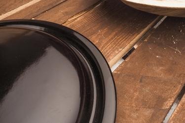 Pokrywka emaliowana 22 cm brązowa