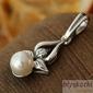Candia - srebrny wisiorek z perłą
