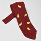 Czerwony krawat z dzianiny knit w żółty wzór paisley