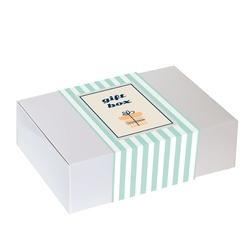 Zestaw prezentowy na wyjątkową okazję seledynowy giftbox. zestaw 20 herbat różnego i rodzaju i smaku 20x 58g, herbata biała różana 60g, pachnąca sojowa świeca i wykwintna czekolada w listkach