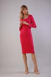 Elegancka dopasowana sukienka z dekoltem caro - różowa