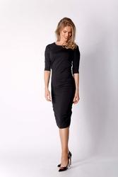 Dopasowana Czarna Sukienka Midi Marszczona na Bokach