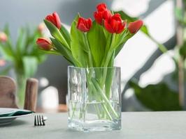 Wazon szklany na kwiaty edwanex kwadratowy 15 cm