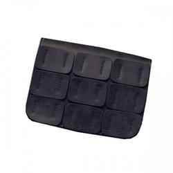 Mała skórzana torebka z naszywkami czarna