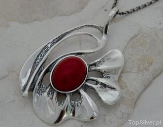 Collegia - srebrny wisiorek z koralem