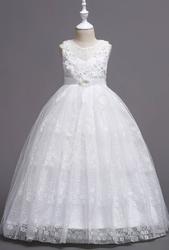 Biała sukienka na komunię dla dziewczynki z tiulem i koronką 831