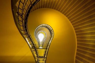 Praga, schody - plakat premium wymiar do wyboru: 84,1x59,4 cm