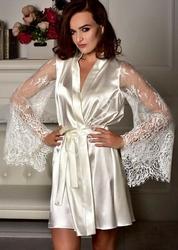 Biały szlafrok z koronkowym rękawem - bielizna na noc poślubną