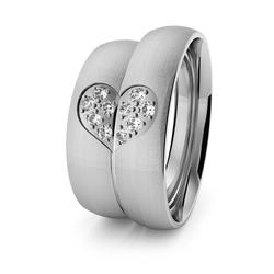 Obrączki ślubne klasyczne z białego złota palladowego 5 mm z sercem i brylantami - 77