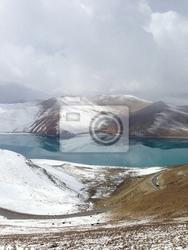 Fototapeta góry i jeziora w tybecie. chiny, 2013
