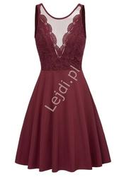Bordowa sukienka z wyeksponowanymi plecami z koronkową górą 453