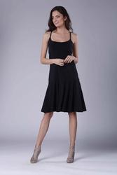 Czarna midi sukienka na ramiączkach z falbanką