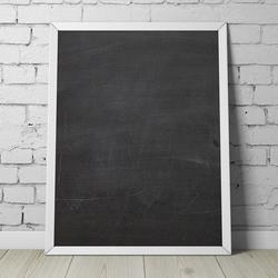 Designerska tablica kredowa , wymiary - 50cm x 70cm, kolor ramki - biały, orientacja tablicy - pionowa