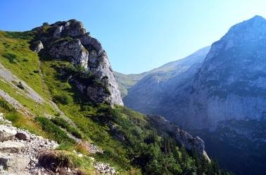 Fototapeta oświetlone zbocze góry fp 1645