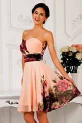 Kwiatowa sukienka dekolt w serduszko| kwiatowe na wesele