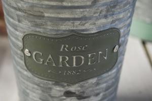 Metalowa osłonka na doniczkę rose garden okrągła 16.4 cm