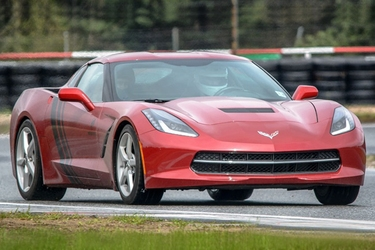 Jazda chevrolet corvette - kierowca - poznań tor kartingowy - 1 okrążenie