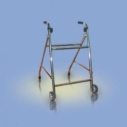 Ca942 - chodzik typu rama, składany, dwukołowy