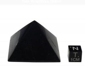 Szungit szlifowany - piramidka, odpromiennik 4 cm
