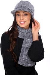 Komplet czapka z daszkiem i szalik - czarny