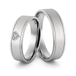 Obrączki ślubne z białego złota niklowego z sercem i brylantami - au-972