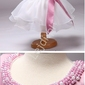 Piękna sukienka z szyfonowym obfitym dołem