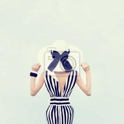 Obraz moda portret pięknej dziewczyny na wakacjach
