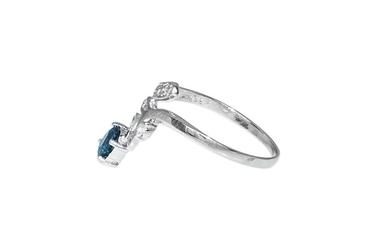 Pierścionek srebrny z topazem london blue i cyrkoniami