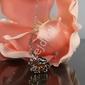 Łańcuszek z koniczynką z kryształkami w kolorze bursztynowym