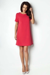 Czerwona sukienka trapezowa z krótkim rękawem